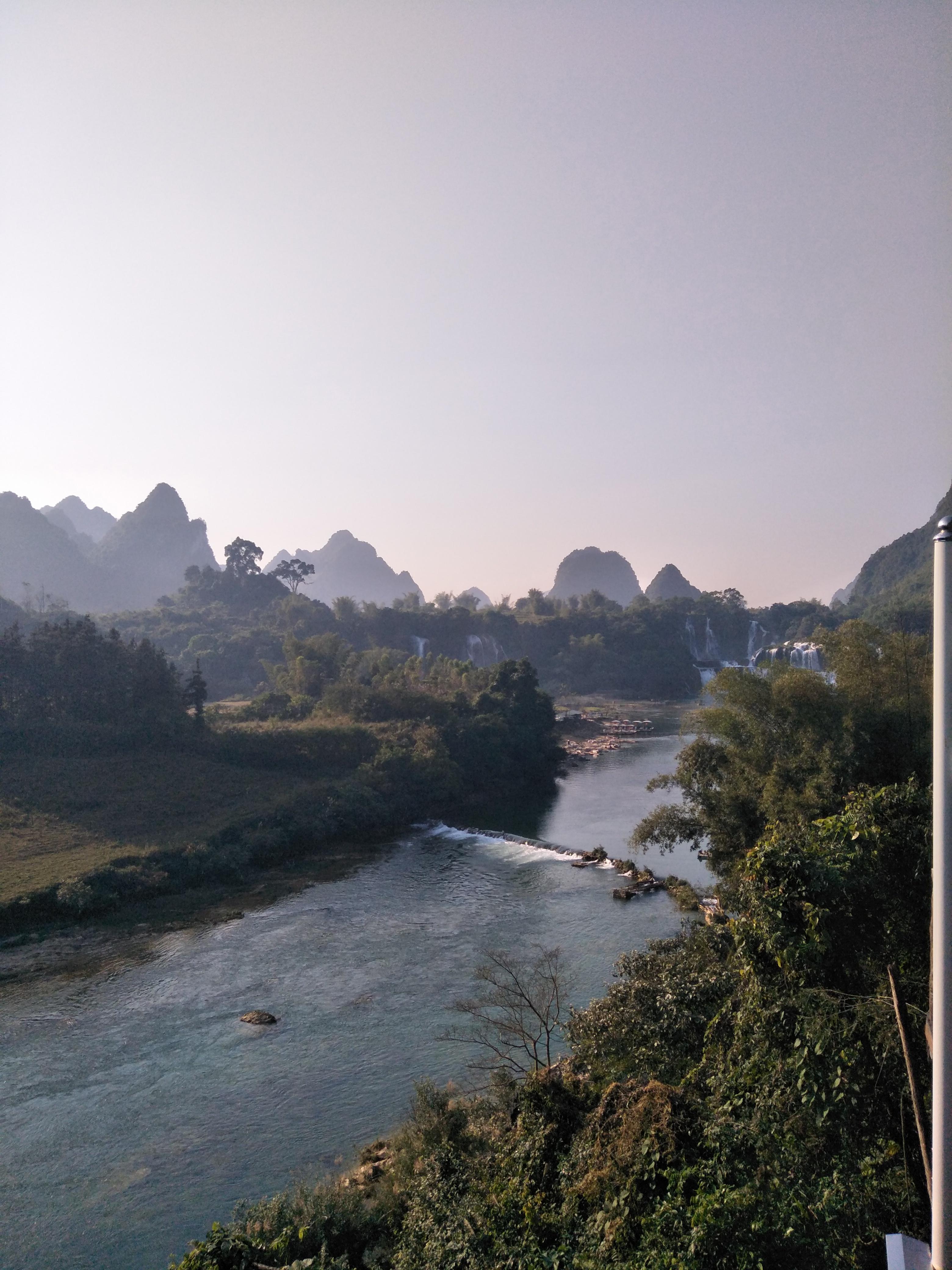 淄博旅行社出发:越南南宁、下龙、河内 双飞六天日游
