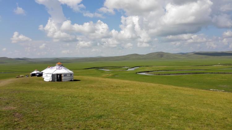 张艺兴去内蒙古了,你知道吗???