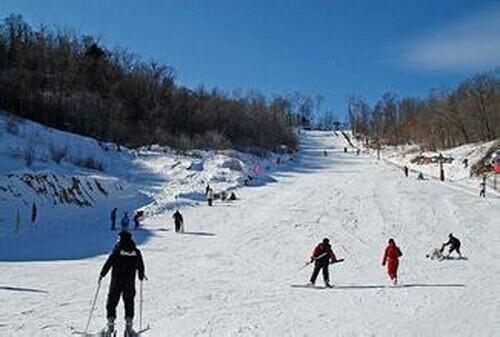 山外山滑雪场